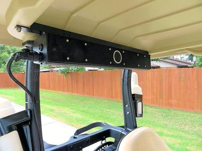 Waterproof soundbar fitted in a golf cart