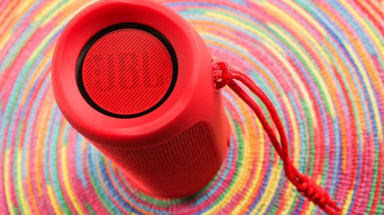 jbl-flip-4 is best bluetooth speaker under 100 dollar